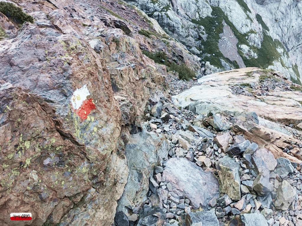 Dénivelé de roches magmatiques dans le massif du Cinto