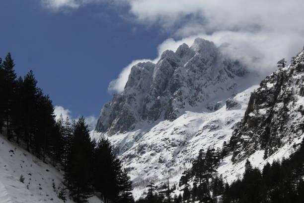 alta strada montagne ski corse neige GR20